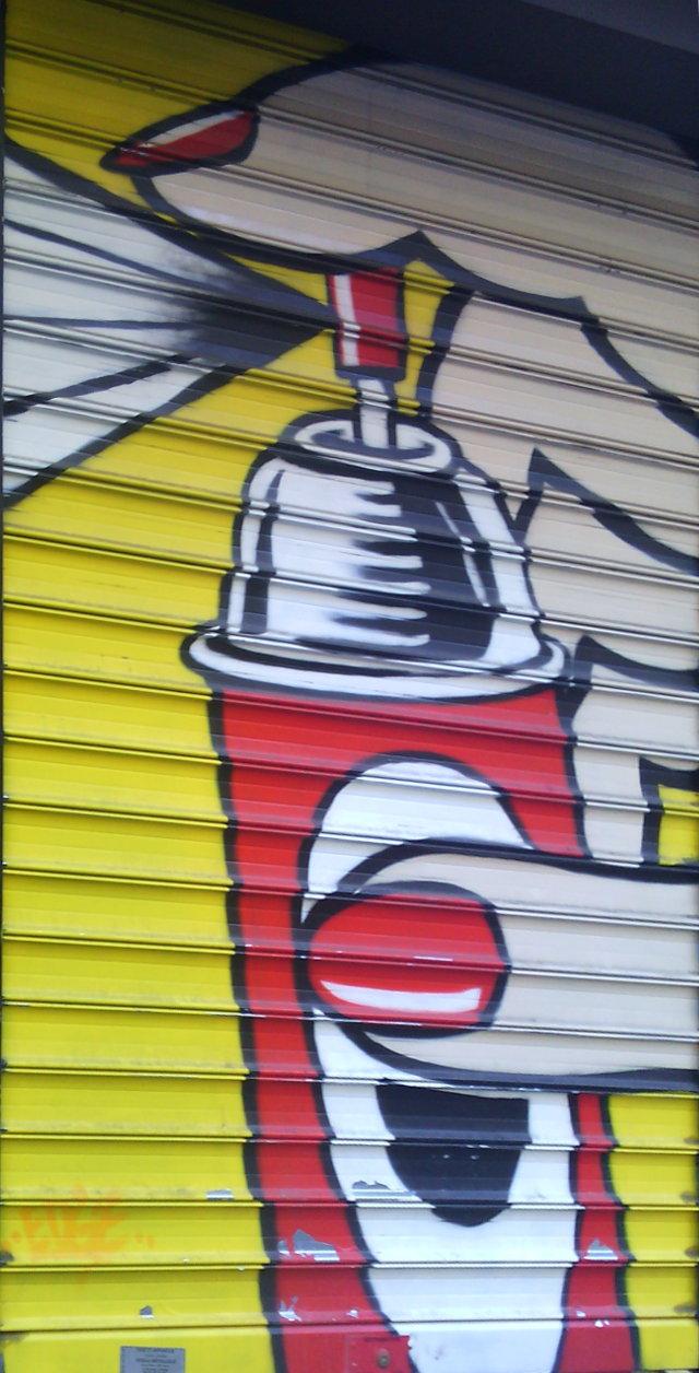 Street art, rue du Cherche-Midi, Paris