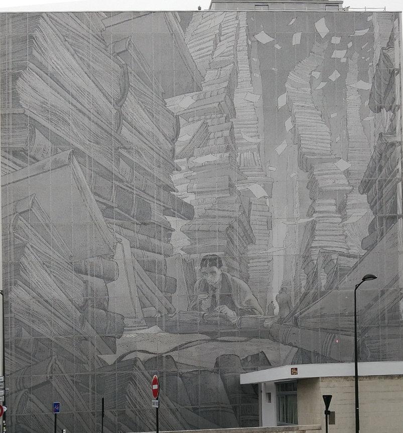 Street art, 24 Avenue de Lattre de Tassigny, Angoulême, France