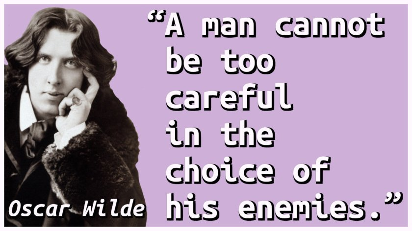 Quote with a picture of Oscar Wilde.